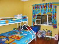 Bed Room 2 - 21 square meters of property in Orange Grove