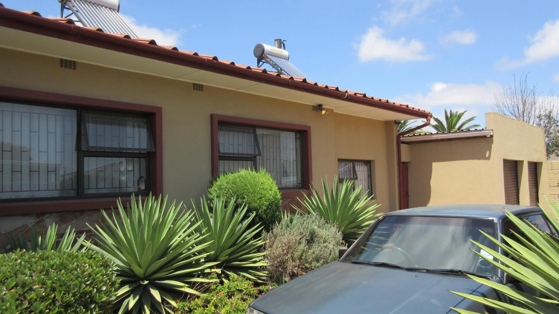 6 Bedroom House For Sale For Sale In Kraaifontein Home