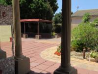 Patio - 41 square meters of property in Kraaifontein