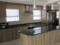 Kitchen - 25 square meters of property in Brackenfell