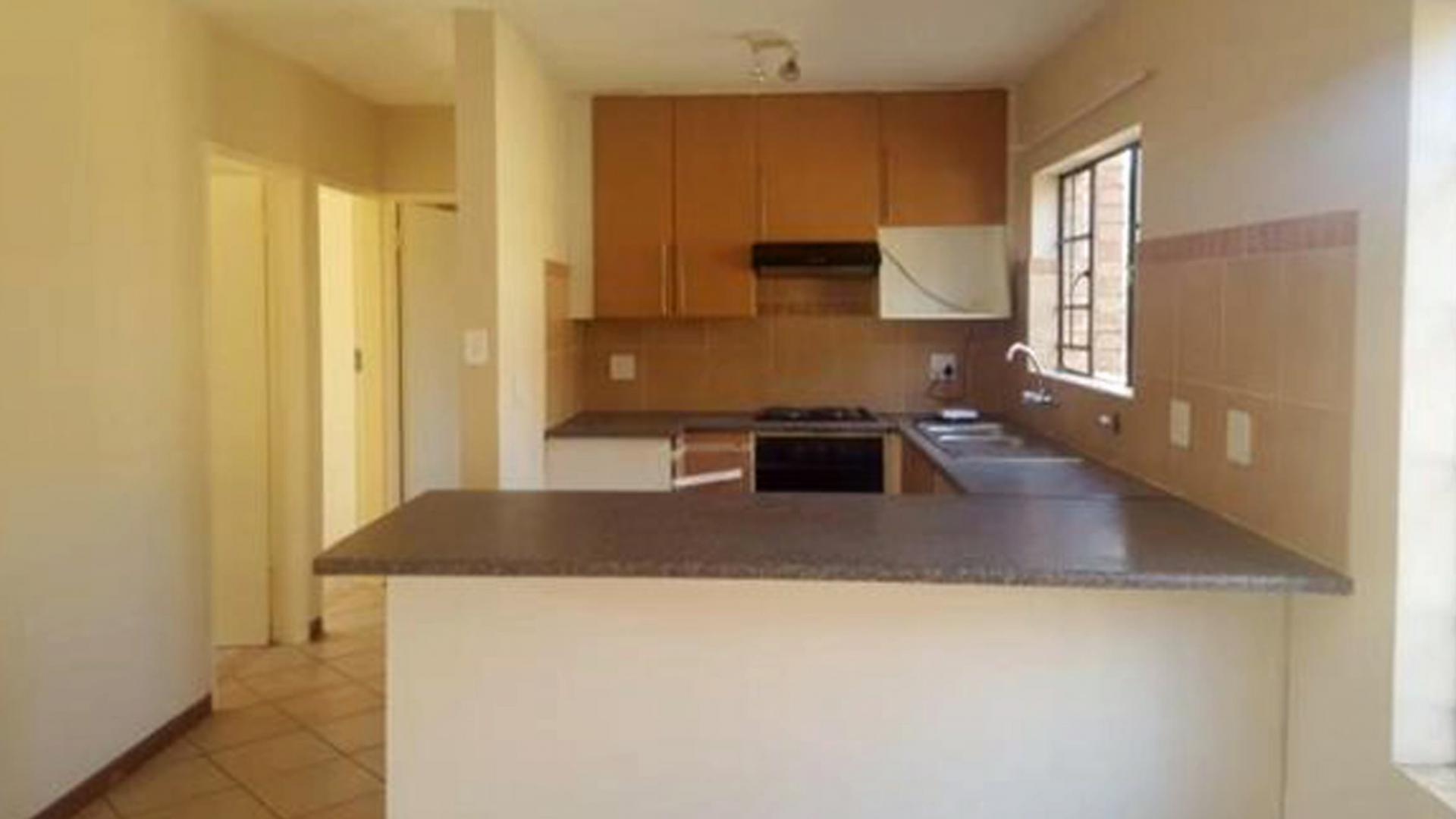 Kitchen of property in Eco-Park Estate