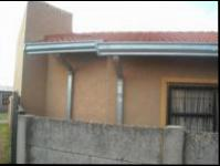 Bed Room 5+ of property in Vosloorus