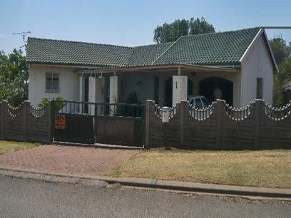 4 Bedroom House For Sale in Kempton Park - Home Sell - MR15289
