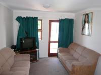 Lounges - 22 square meters of property in Kenilworth - CPT