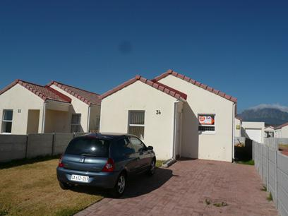 3 Bedroom Simplex For Sale in Strand - Private Sale - MR15303