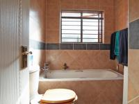 Bathroom 1 - 4 square meters of property in Boardwalk Meander Estate