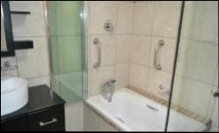 Bathroom 1 - 6 square meters of property in Akasia