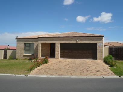 3 Bedroom House For Sale in Brackenfell - Home Sell - MR15335