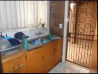 Kitchen - 23 square meters of property in Greymont