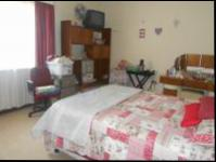 Main Bedroom - 22 square meters of property in Westonaria
