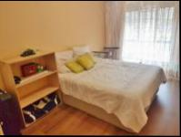 Main Bedroom - 25 square meters of property in Bryanston West
