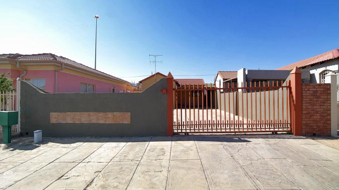 Standard Bank EasySell 2 Bedroom House for Sale For Sale in Mabopane - MR153769