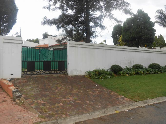 Standard Bank EasySell 3 Bedroom House for Sale For Sale in Bromhof - MR153814