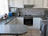 Kitchen - 8 square meters of property in Klein Begin