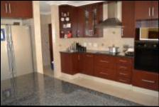 Kitchen - 23 square meters of property in Equestria