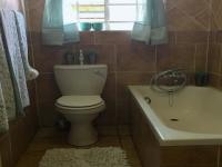 Bathroom 1 of property in Highveld