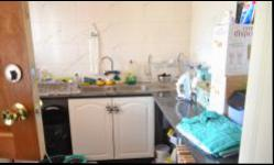 Scullery - 10 square meters of property in Amandasig