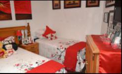 Bed Room 3 - 21 square meters of property in Amandasig