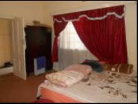 Main Bedroom - 19 square meters of property in Johannesburg Central