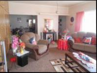 Lounges - 40 square meters of property in Randfontein