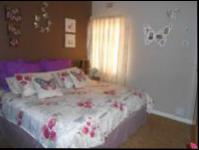 Main Bedroom - 14 square meters of property in Randfontein