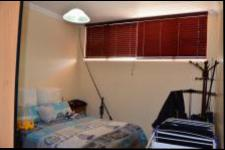 Bed Room 2 - 12 square meters of property in Amanzimtoti