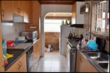 Kitchen - 14 square meters of property in Shallcross