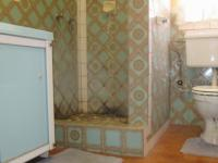 Main Bathroom - 8 square meters of property in Arcon Park
