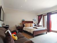Main Bedroom - 33 square meters of property in The Wilds Estate