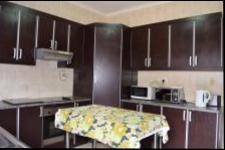 Kitchen - 15 square meters of property in Umzinto