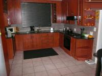 Kitchen - 32 square meters of property in East Lynne