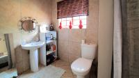 Bathroom 1 - 5 square meters of property in Zwartkop