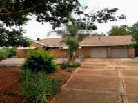 3 Bedroom 2 Bathroom House for Sale for sale in Mookgopong (Naboomspruit)