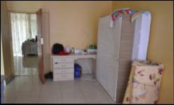 Bed Room 1 - 25 square meters of property in Pretoria Central