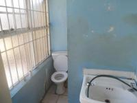 Main Bathroom - 6 square meters of property in Greymont