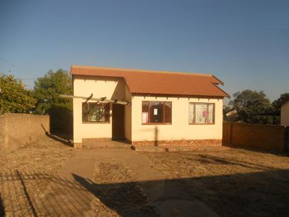 Standard Bank Repossessed 3 Bedroom Apartment for Sale For Sale in Soshanguve - MR15466