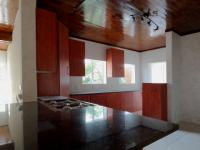 Kitchen - 21 square meters of property in Faerie Glen