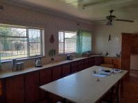 Kitchen of property in Sundra