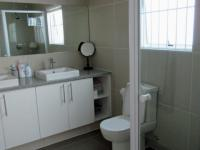Main Bathroom - 8 square meters of property in Sunningdale - CPT