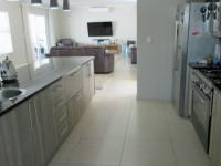 Kitchen - 12 square meters of property in Sunningdale - CPT