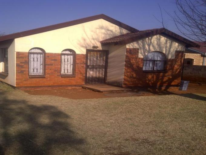 Standard Bank EasySell 2 Bedroom House for Sale For Sale in Vosloorus - MR15491
