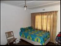 Bed Room 2 - 20 square meters of property in Observatory - JHB