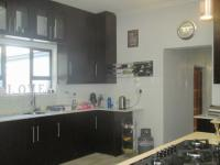Kitchen - 17 square meters of property in Glenvista
