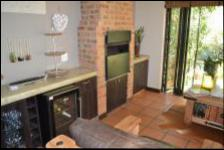 Patio - 23 square meters of property in Hartbeespoort