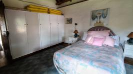 Bed Room 2 of property in Waterkloof Glen