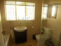 Bathroom 1 - 6 square meters of property in Three Rivers