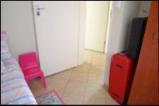 Bed Room 2 - 9 square meters of property in Theresapark