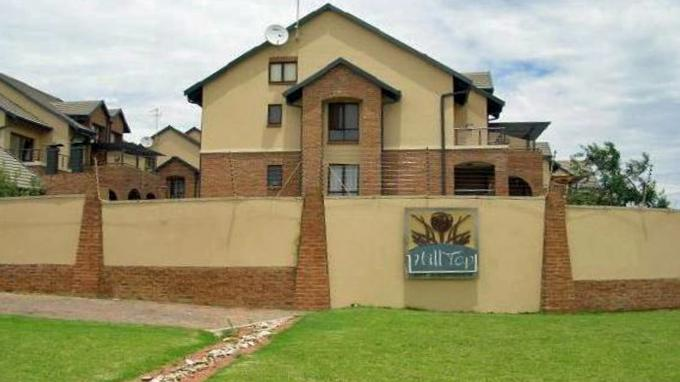 2 Bedroom Sectional Title for Sale For Sale in Midrand - Home Sell - MR155265
