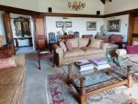 Lounges - 91 square meters of property in Waterkloof