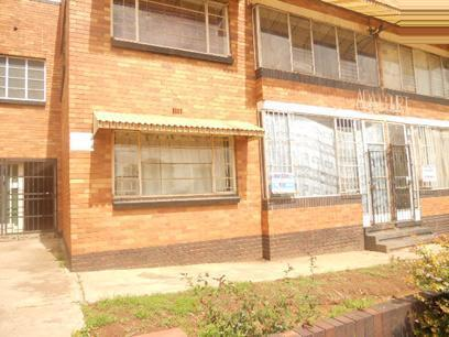 2 Bedroom Apartment for Sale For Sale in Rosettenville - Private Sale - MR15533